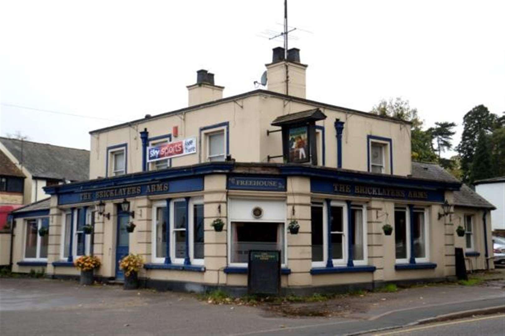 Flats developer submits revised plans to demolish Stortford's Bricklayers Arms pub
