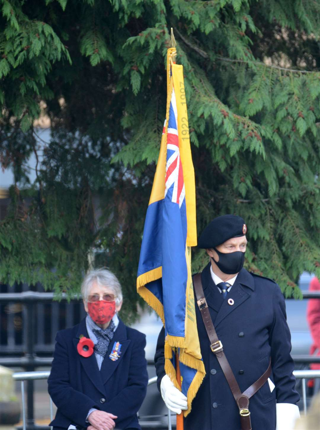 War Memorial, Castle park, Bishop's Stortford. A very different remembrance service for the Covid era. .Pic: Vikki Lince. (43038579)