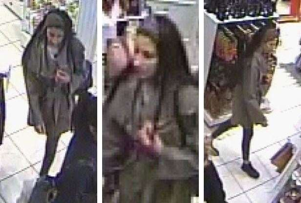 Do you recognise this woman? Police want to speak to her in connection with a purse theft (8299462)