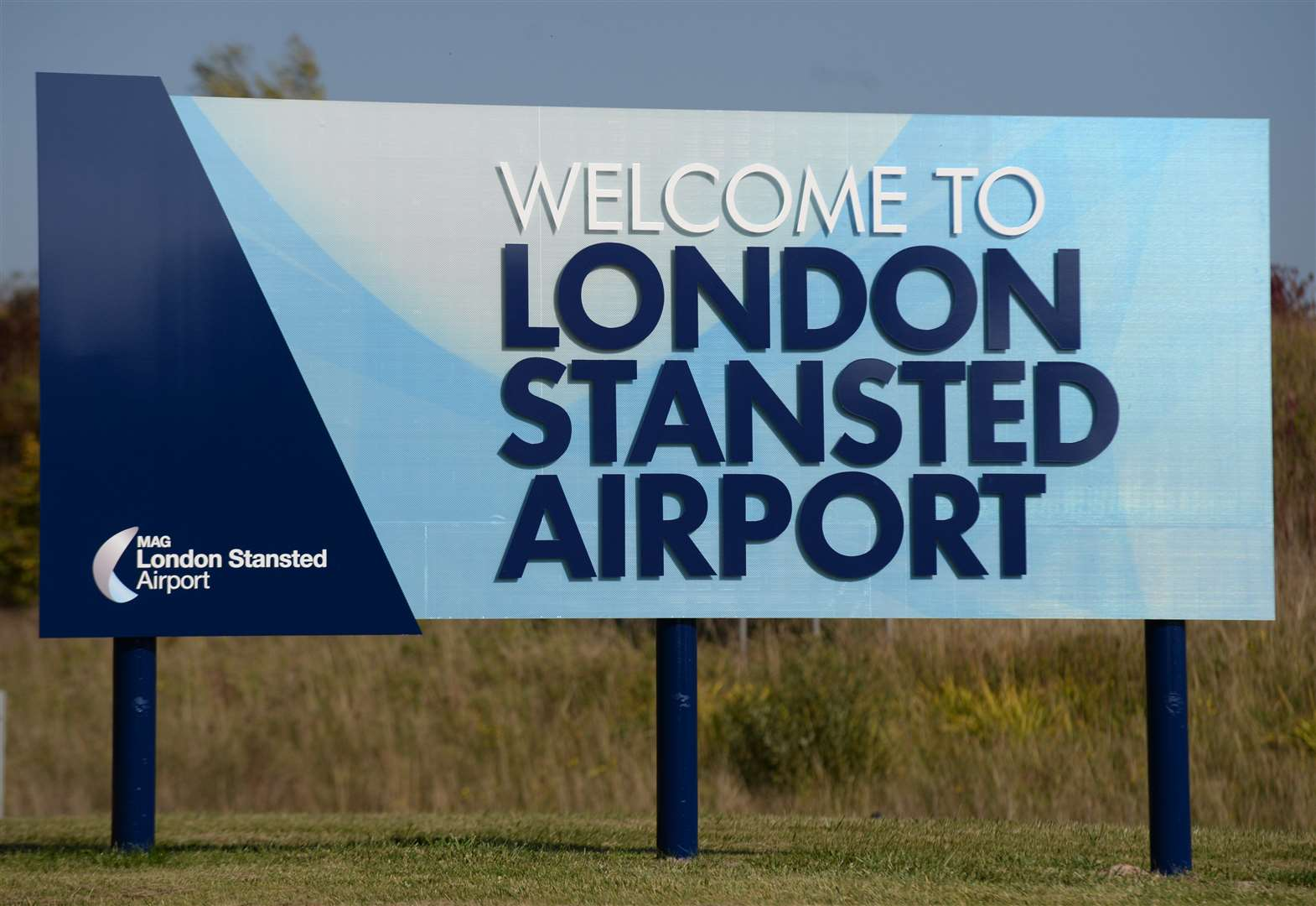 Stansted Airport. General road signage around the airport site. Picture: Vikki Lince (33594989)