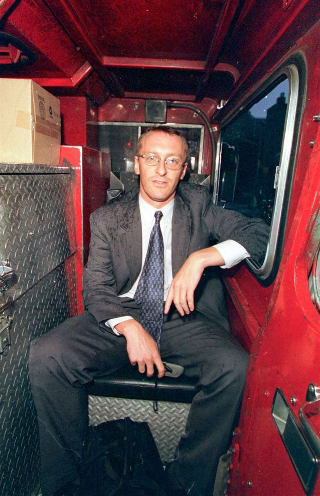 Andy Lines in a New York fire engine (50983399)