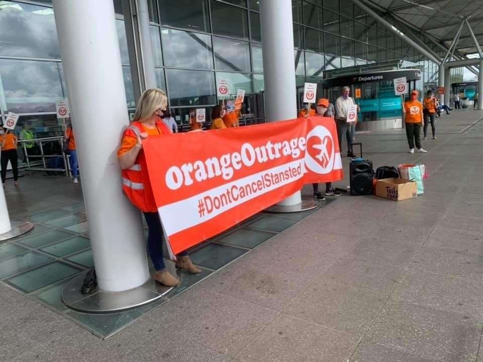 easyJet protest at Stansted Airport (39959644)