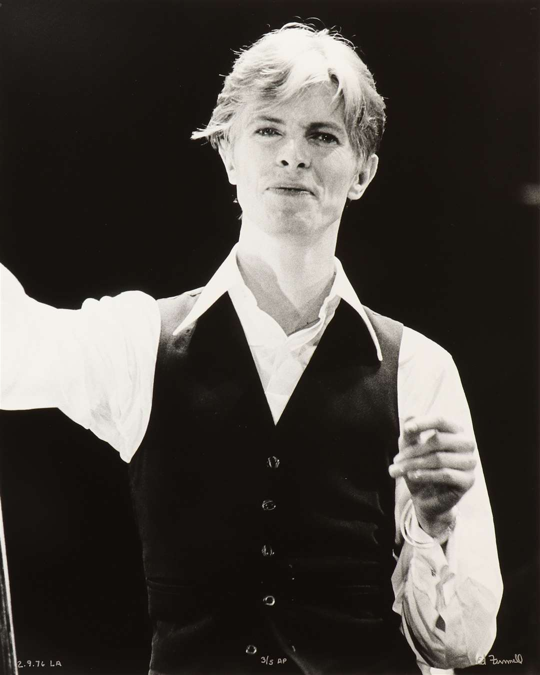 David Bowie - The Thin White Duke, Station to Station tour, 1976, signed Ed Finnell, numbered 3/5, estimate £ 250- £ 350