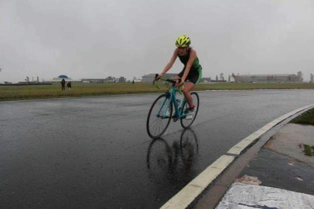 Lucy Minns at the Bedford Autodrome Duathlon