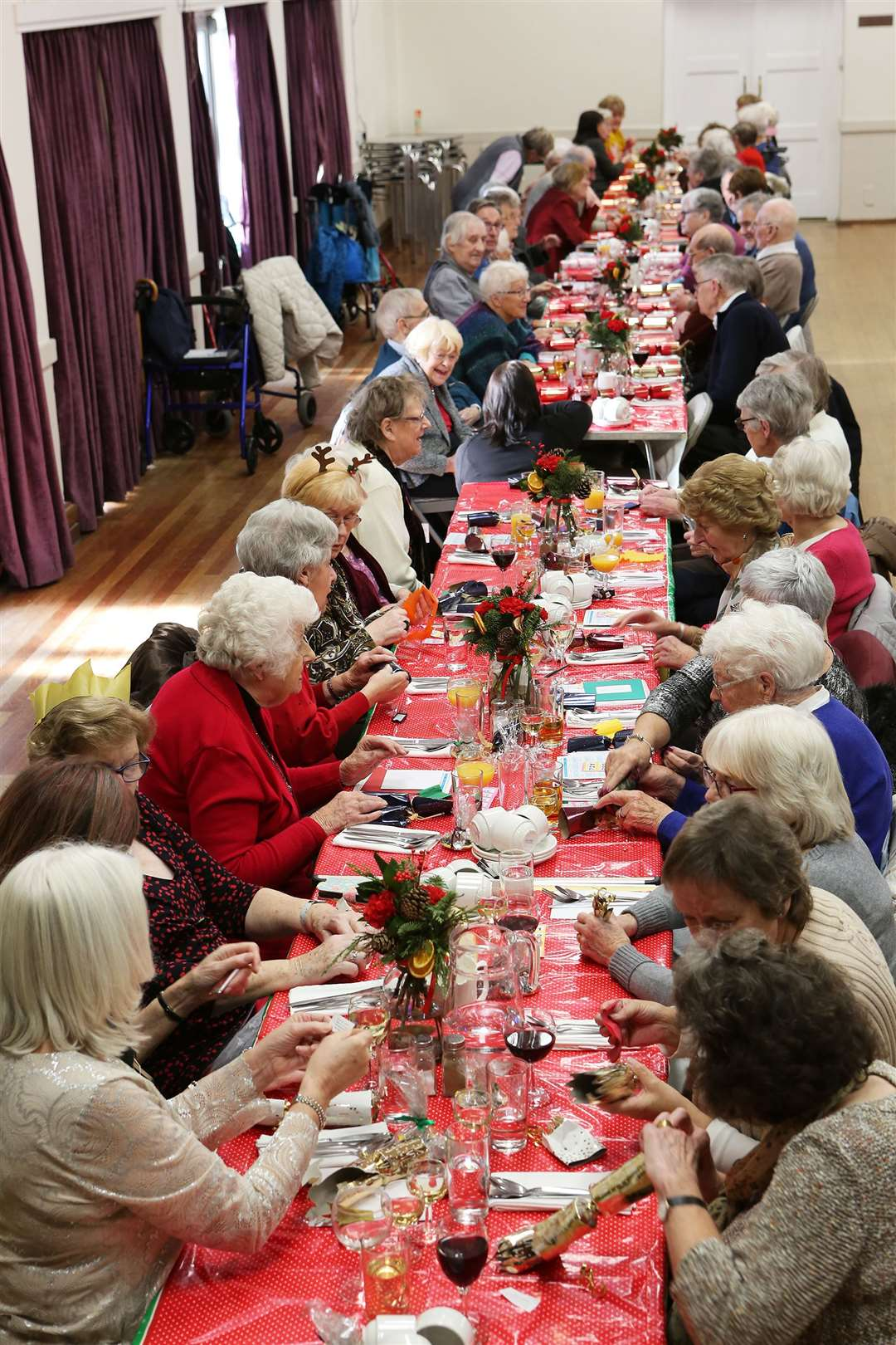 The Welbeloved Club Christmas Lunch, at the Memorial Hall, The Forebury, Sawbridgeworth.. (43124333)
