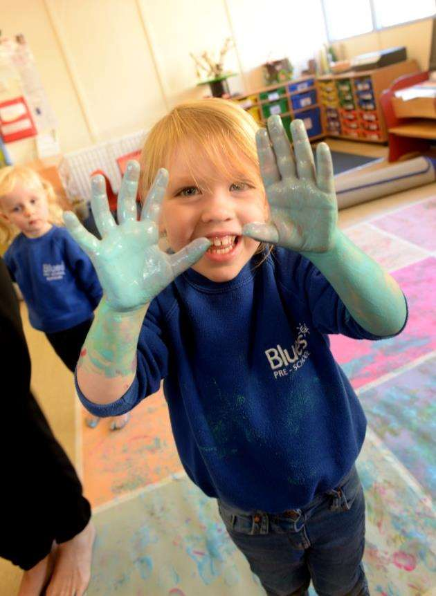 Blues Pre-School, Bishops Stortford. Pre-school celebrating anniversary. Messy Play. Pic: Vikki Lince