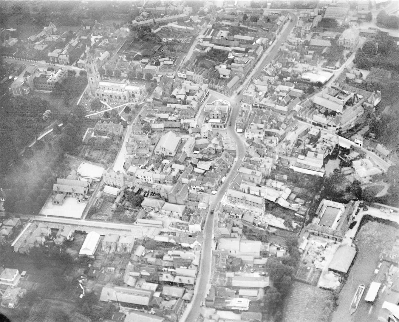 Bishop's Stortford town centre in 1928 Credit: Historic England
