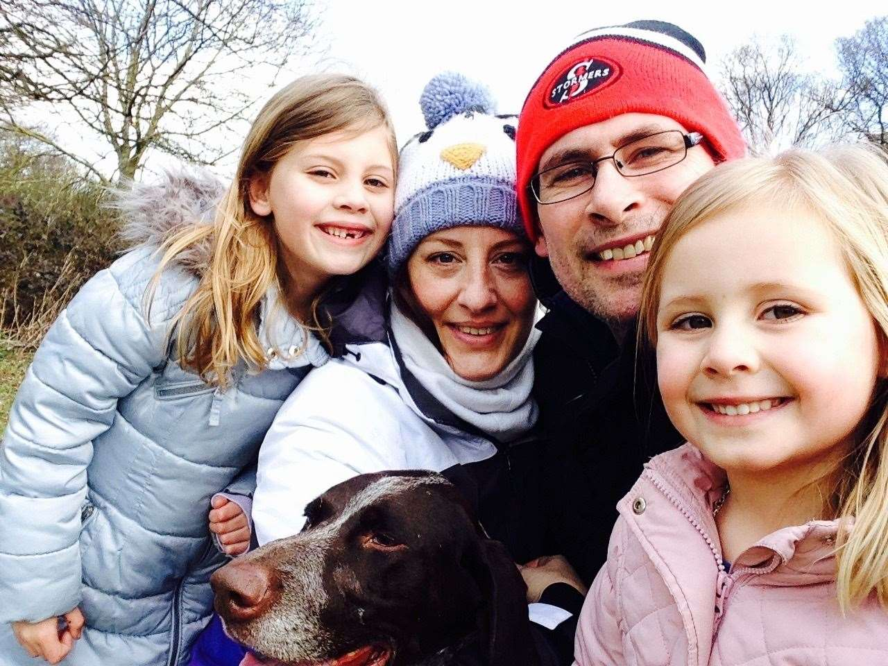 Jo Doyle with husband Nick, daughters Isabella and Eva and their dog (34543627)