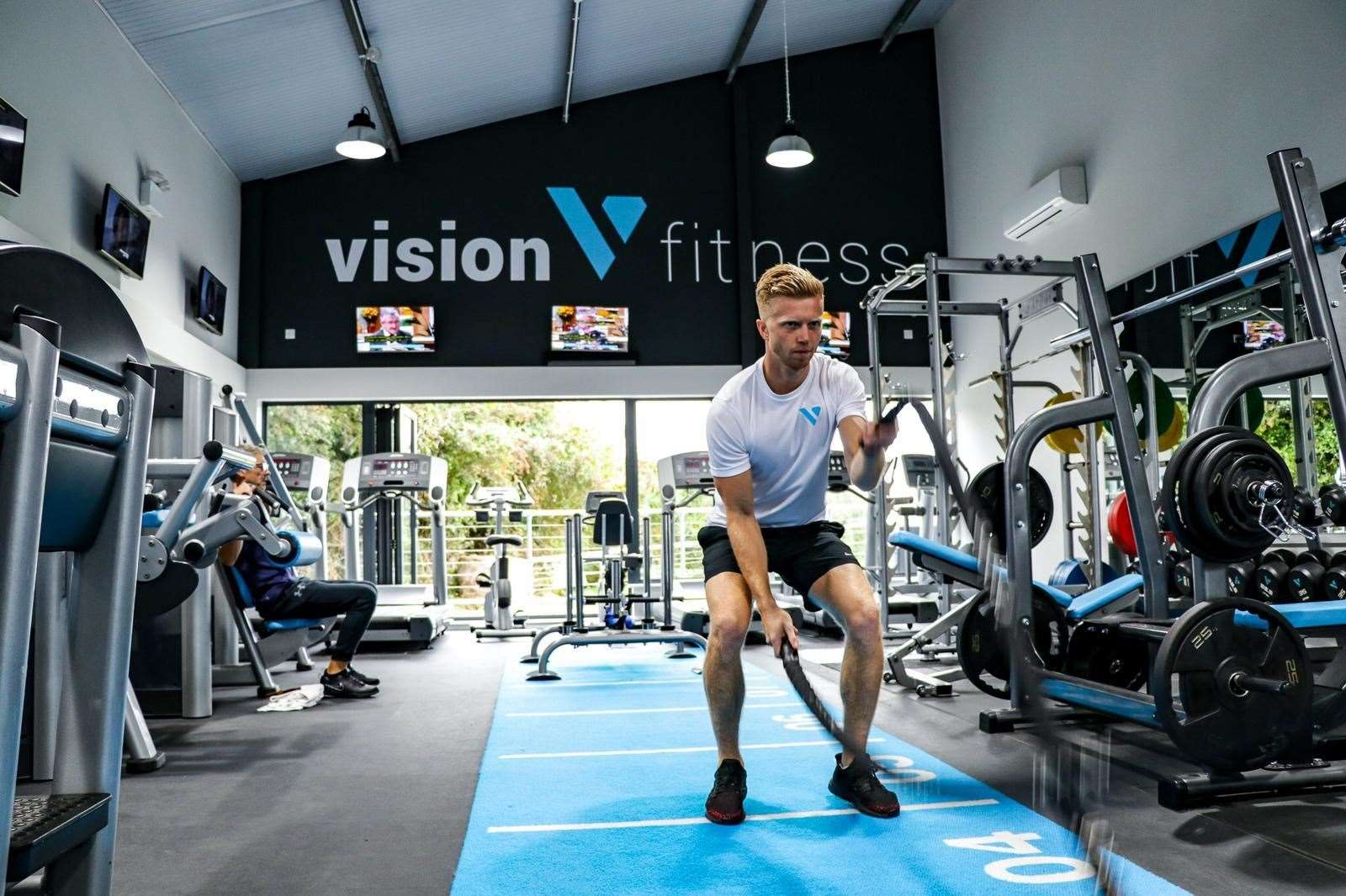 Ollie Emsden at Vision Fitness (25727818)