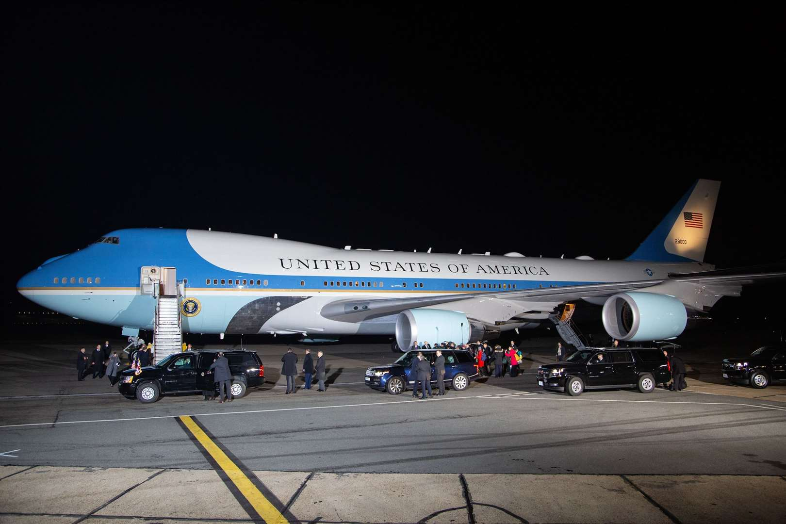 President Trump arrives at Stansted Airport (23235244)