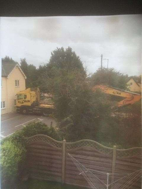A heavy goods vehicle in Thorley Street. Picture by Thorely Parish Council.(42386322)