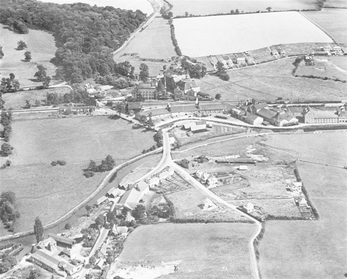 Sawbridgeworth's maltings and train station in 1929 Credit: Historic England