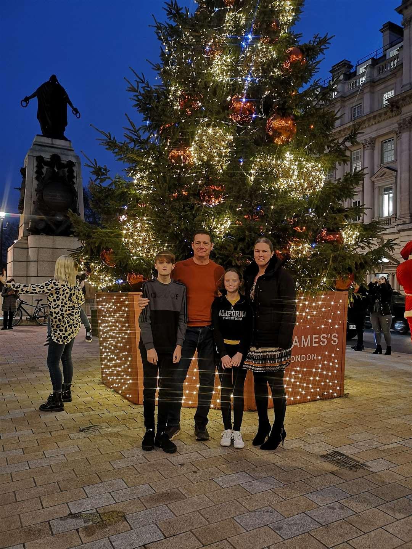 Beth Purvis, husband Richard and their children Joe and Abi at Christmas 2020 (48609816)